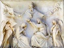 Coluna Roma de Mary Jesus Crown Statue Immaculate Conception do Virgin imagem de stock royalty free