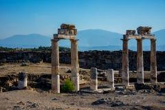 Colunas arruinadas do templo antigo Imagens de Stock Royalty Free