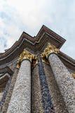 Colunas com as pedras bonitas em Eremitage, palácio velho em Bayreu imagem de stock royalty free