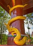 Colunas com serpente Fotografia de Stock Royalty Free