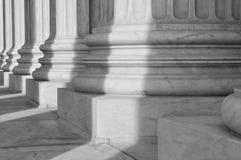 Colunas da lei e da justiça Foto de Stock Royalty Free