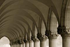 Colunas e arcos Imagem de Stock