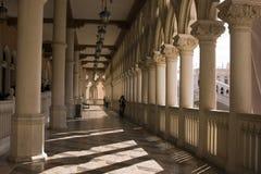 Colunas e arcos Venetian do balcão em Las Vegas Fotos de Stock Royalty Free