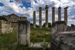 Colunas e nuvens Fotos de Stock
