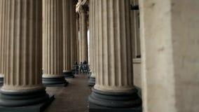 Colunas enormes do templo video estoque