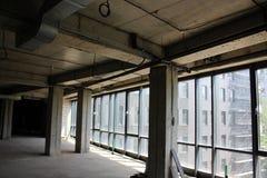 Colunas interiores concretas cinzentas Imagem de Stock Royalty Free