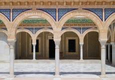 Colunas modeladas da mesquita histórica velha Fotos de Stock Royalty Free