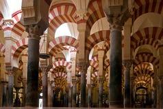 Colunas na mesquita Imagens de Stock