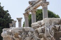 Colunas no grego clássico e na cidade romana mais atrasada de Ephesus Turquia Imagem de Stock