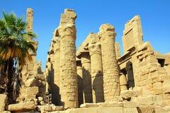 Colunas no templo do karnak fotos de stock royalty free