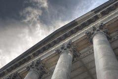 Colunas para nuvens fotografia de stock royalty free