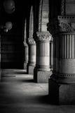 Colunas preto e branco fotografia de stock