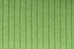 Colunas verticais de confecção de malhas verdes do fundo fotos de stock royalty free