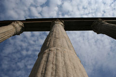 Colunata de pedra antiga Foto de Stock