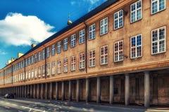 Colunata fora do Museu Nacional dinamarquês, Copenhaga, Denmar Imagens de Stock Royalty Free