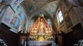 Colzate, Bergamo, Itália O interior da igreja do santuário de St Patrick San Patrizio no italiano video estoque