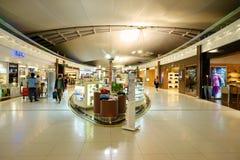 Com isenção de direitos no aeroporto de Suvarnabhumi Fotografia de Stock Royalty Free