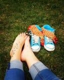 Com os pés descalços em Praga Fotografia de Stock Royalty Free
