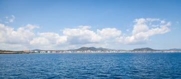 Coma del Sa, Majroca, España - 24 de abril de 2014: Una vista del centro turístico foto de archivo