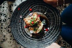 Coma la comida en Casco Viejo, parte 8 de Panamá imágenes de archivo libres de regalías