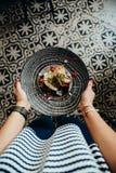 Coma la comida en Casco Viejo, parte 18 de Panamá fotos de archivo libres de regalías