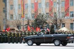 Comandante del desfile en coche Imágenes de archivo libres de regalías