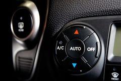 Comandi del condicioner dell'automobile fotografia stock