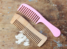 Free Comb Royalty Free Stock Image - 67104346