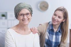 Combat avec le cancer avec l'appui de la famille Photographie stock