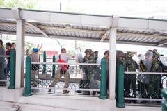 Combat d'émeute de coup militaire Image libre de droits