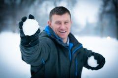 Combat de Snowball d'hiver Photographie stock libre de droits