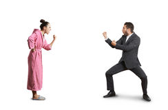 Combat entre l'épouse et le mari photo libre de droits