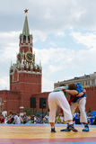 Combat entre les participants du premier tournoi Tout-russe Photos libres de droits