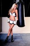Combatiente atractivo de MMA Imagen de archivo libre de regalías