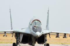 Combatiente de jet ruso MIG-29 en el aeródromo Fotografía de archivo