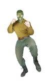 Combatiente listo para golpear con el pie con su pie Foto de archivo libre de regalías