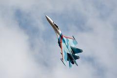 Combatiente SU-27 en vuelo Fotos de archivo libres de regalías