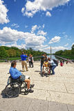 Combattant à côté de Lincoln Memorial Reflecting Pool dans Washingt image libre de droits
