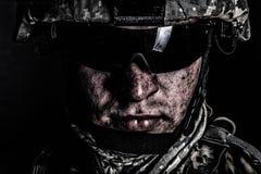 Combattant de conflit de guerre après bataille ou incursion Photographie stock libre de droits