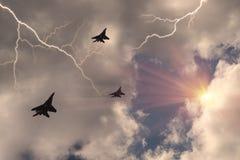 Combattant soviétique et orage photos stock
