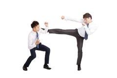 combattimento asiatico dell'uomo d'affari Fotografie Stock Libere da Diritti