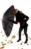 Combattimento della donna con il vento Immagini Stock Libere da Diritti