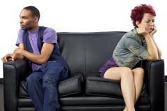 Combattimento Inter razziale delle coppie Fotografia Stock Libera da Diritti