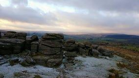 Combestonepiek, die de winterscène gelijk maken DartmoorNationalPark Devon het UK stock foto's