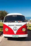 Combi rouge Van Images stock