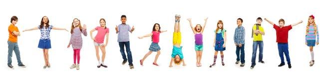 Combinazione di ragazzi e di ragazze isolati su bianco Fotografia Stock