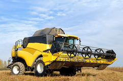 Combine  harvester in the field Royalty Free Stock Photos