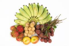 Combinez le fruit avec, le ramboutan Longkong de litchis de banane et la pomme Images stock