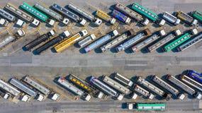 Combustibile aereo di trasporto di autocisterne del combustibile automobilistico di vista superiore fotografia stock libera da diritti