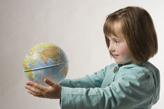 Começ o mundo inteiro em minhas mãos Imagem de Stock